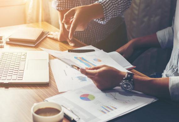 Adetto alla contabilità e amministrazione del personale